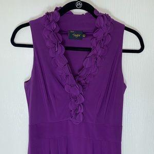 Taylor Sleeveless Ruffle Sheath Dress. Size 4